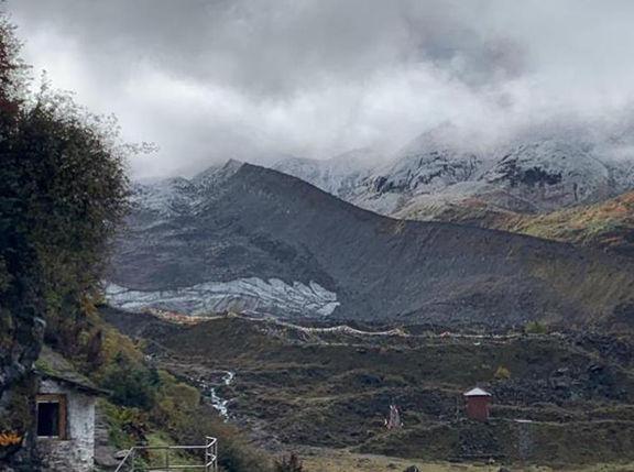 Martin Truffer, Glacier 24K Tibet.jpg