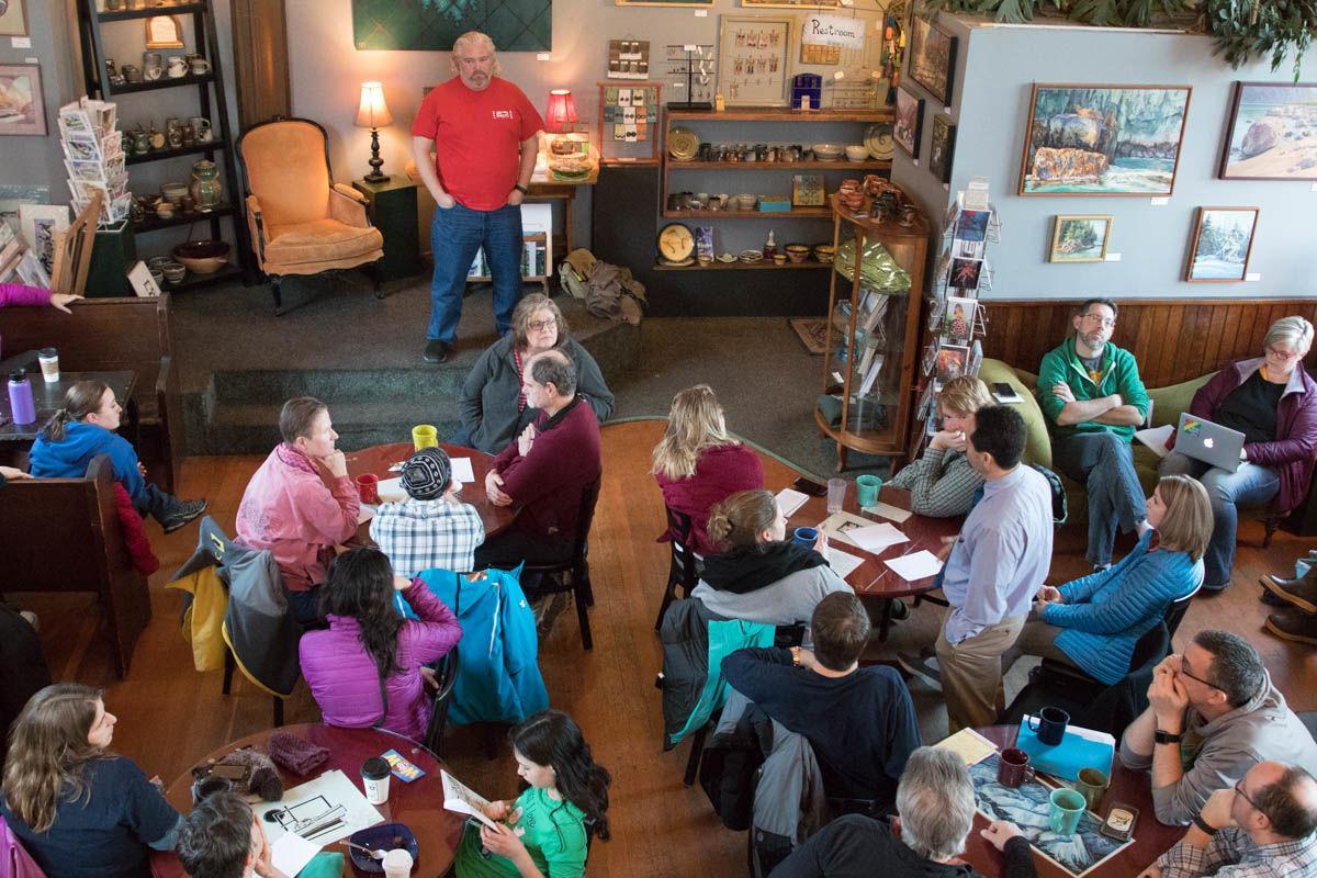 Teacher's union holds meeting at Resurrect Art
