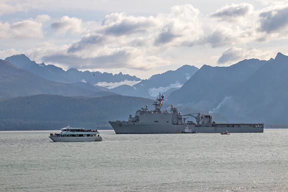 USS Comstock coming into port