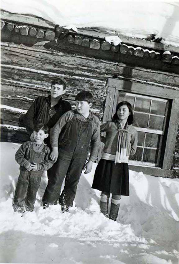 Franklin_Alaska_grade_school_children_ca_1931.jpg