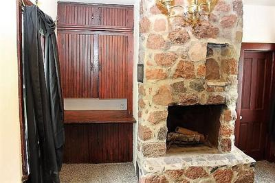Fireplaces cover