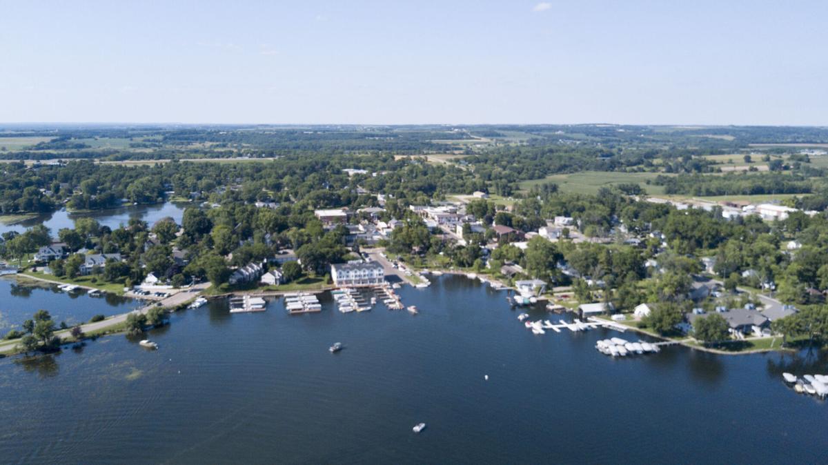 Four ways to explore Green Lake: On the Water, music, biking, golfing-1