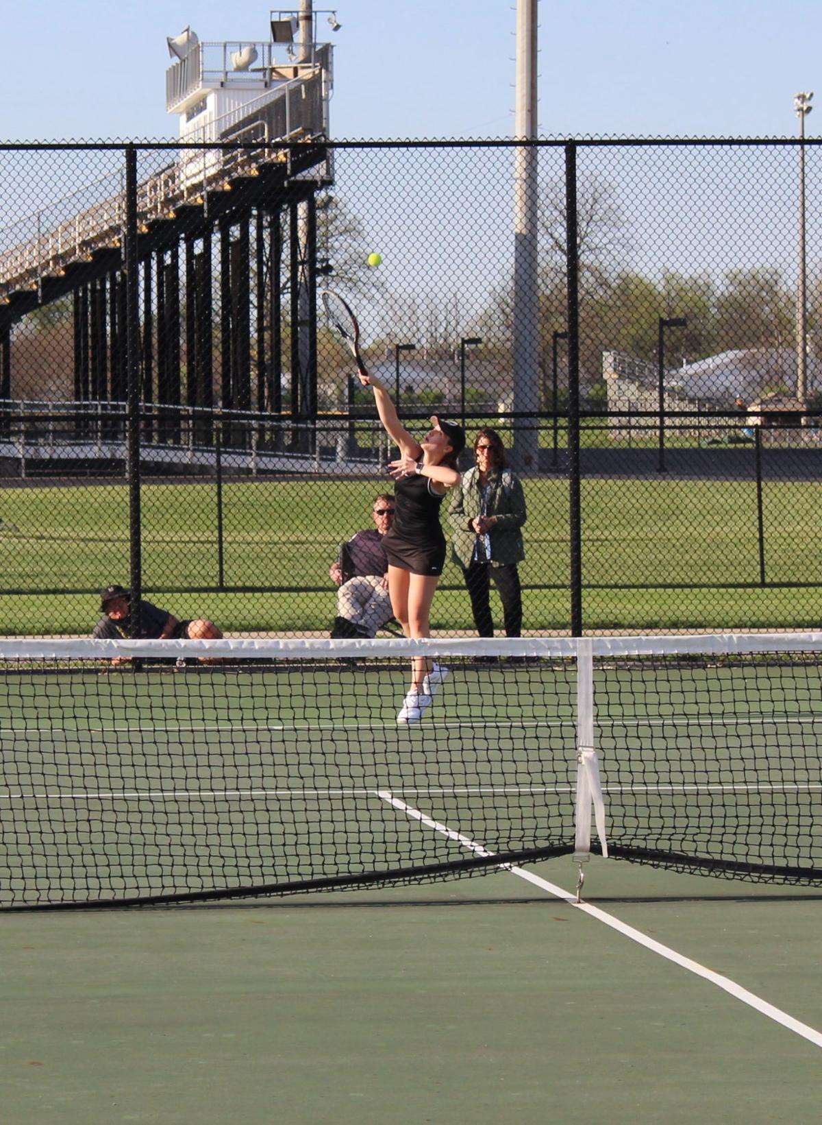 Secondary Shelbyville tennis photo