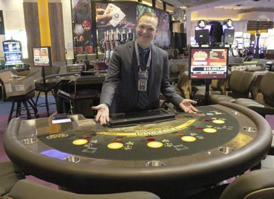 Prep for live table games in final days at Indiana Grand