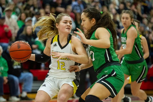 Triton Central outlasts Morristown for county title