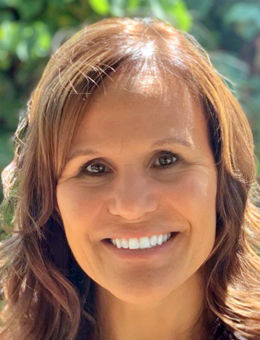 New HR director for Redwood City