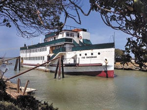 Steamship Sherman sets sail: Historic Burlingame ship had become 'dilapidated,' mayor says