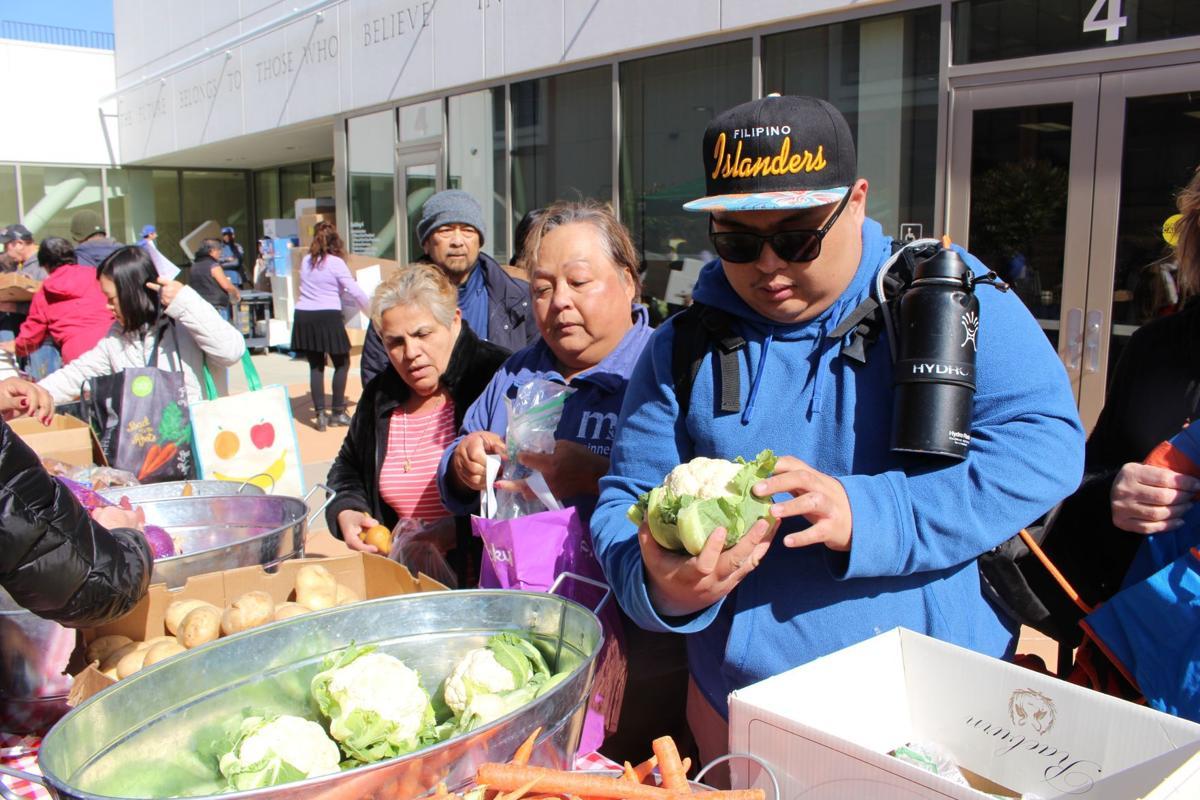 College free food market flourishes: Skyline, Second Harvest