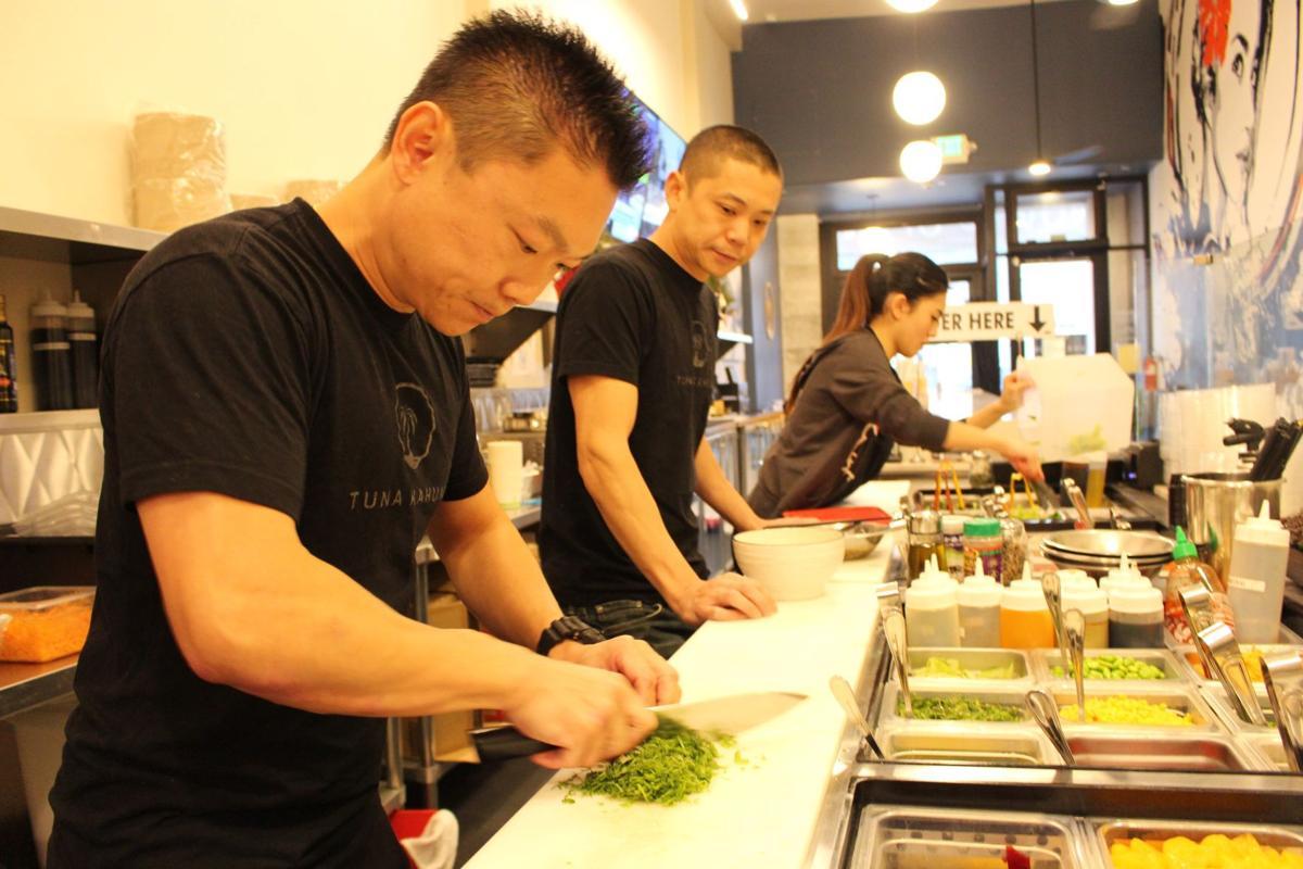 Burlingame Eatery Tuna Kahuna Wins National Yelp Customer Satisfaction Award Food Smdailyjournal Com