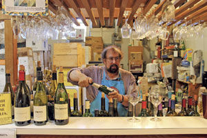 Bargain bottles top bubbly brands: Burlingame expert recommends affordable sparkling wine for holidays