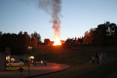 9-2 Bonfire