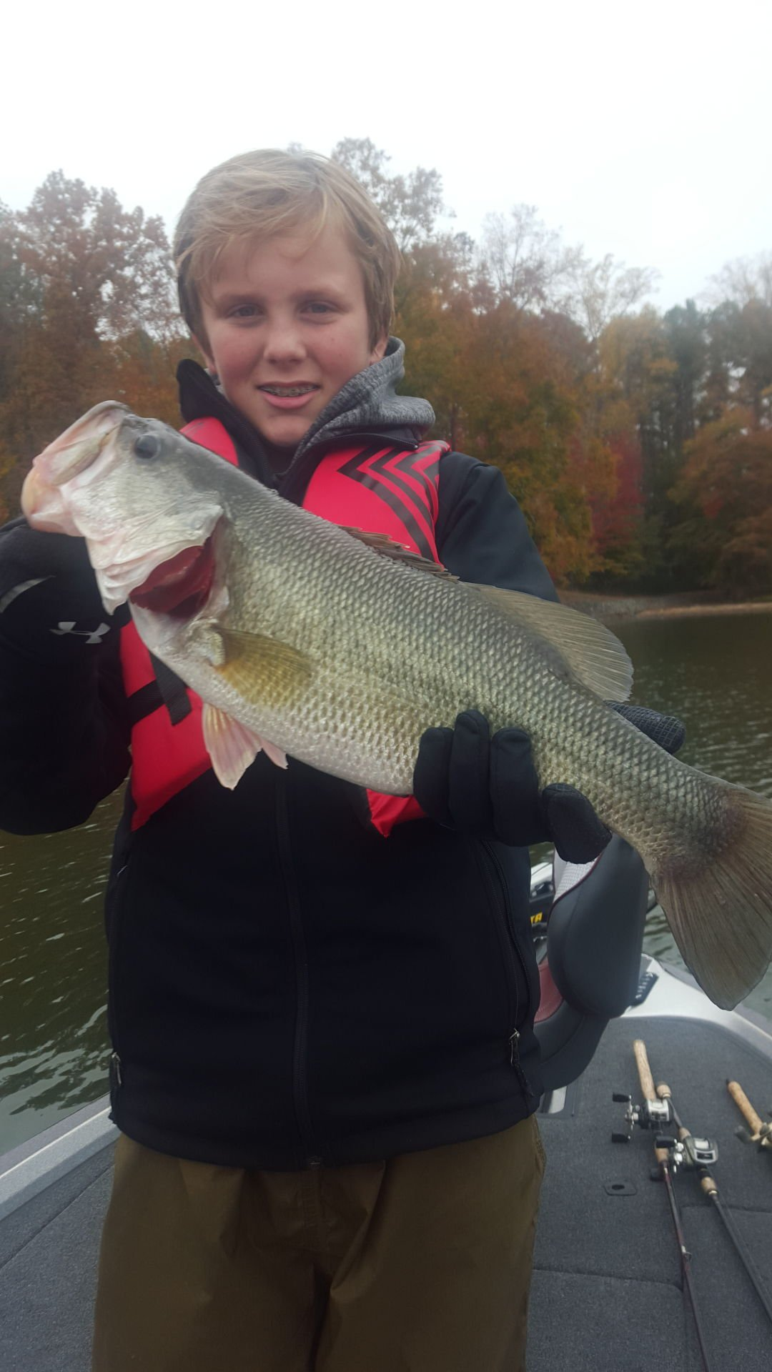 December fishing report community for Smith mountain lake fishing report