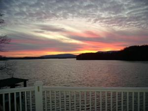 Smith Mountain sunrise