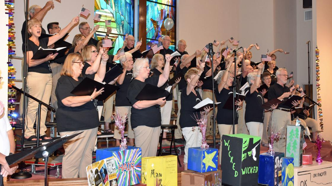 Lakeside Singers perform at TEP | Local | smithmountainlake com