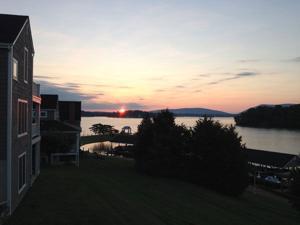 sunrise-at-The-Boardwalk