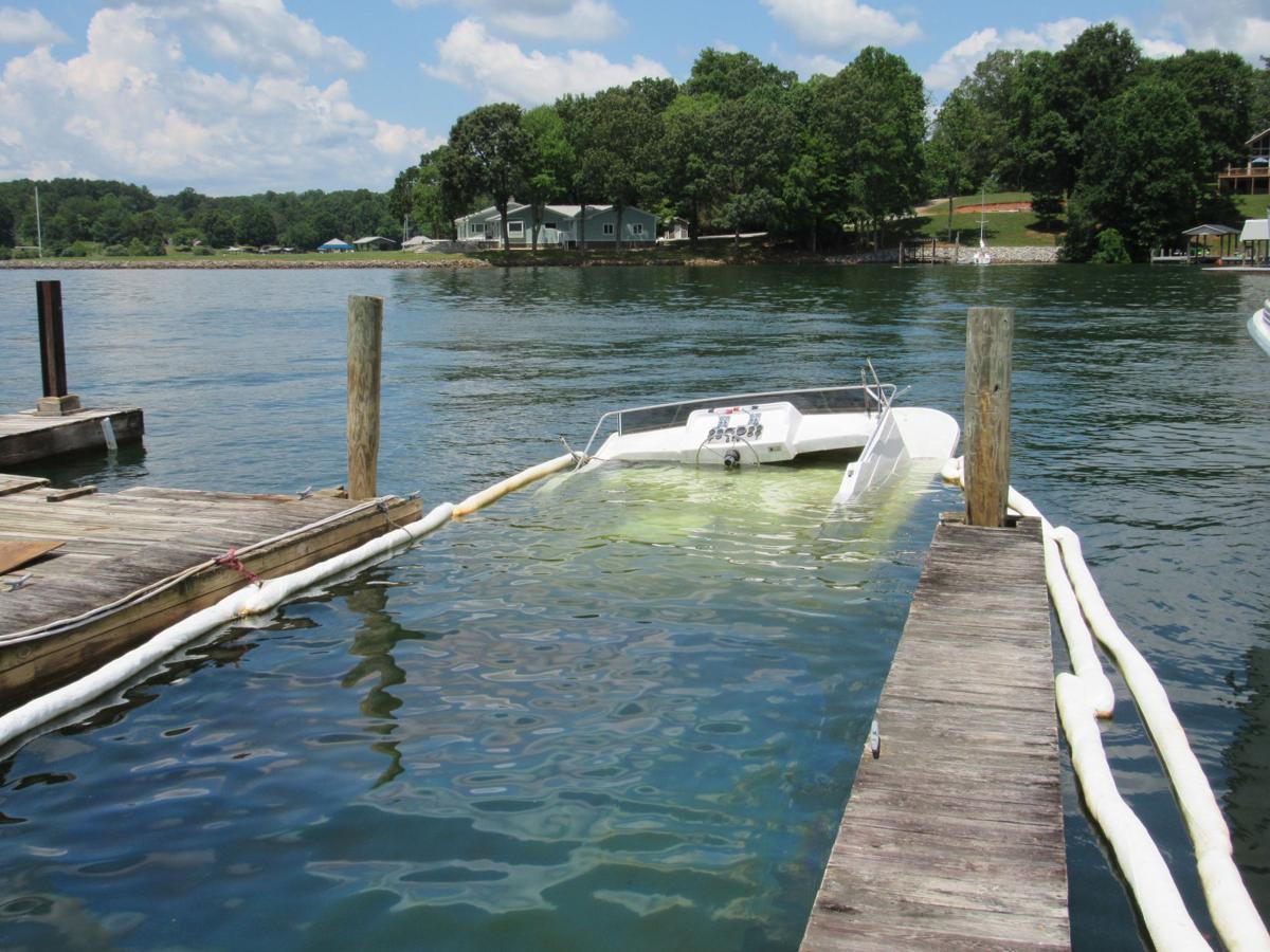 Sunken boat at Virginia Dare