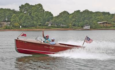 Lake resident recognized for his years in antique boat club | Local