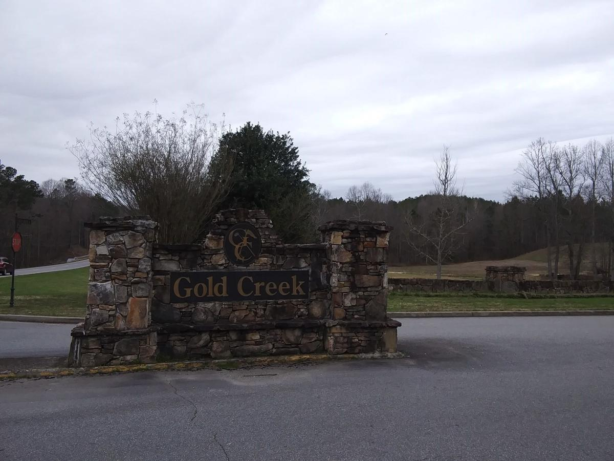Closed for a decade, Gold Creek Golf Club plans to re-open