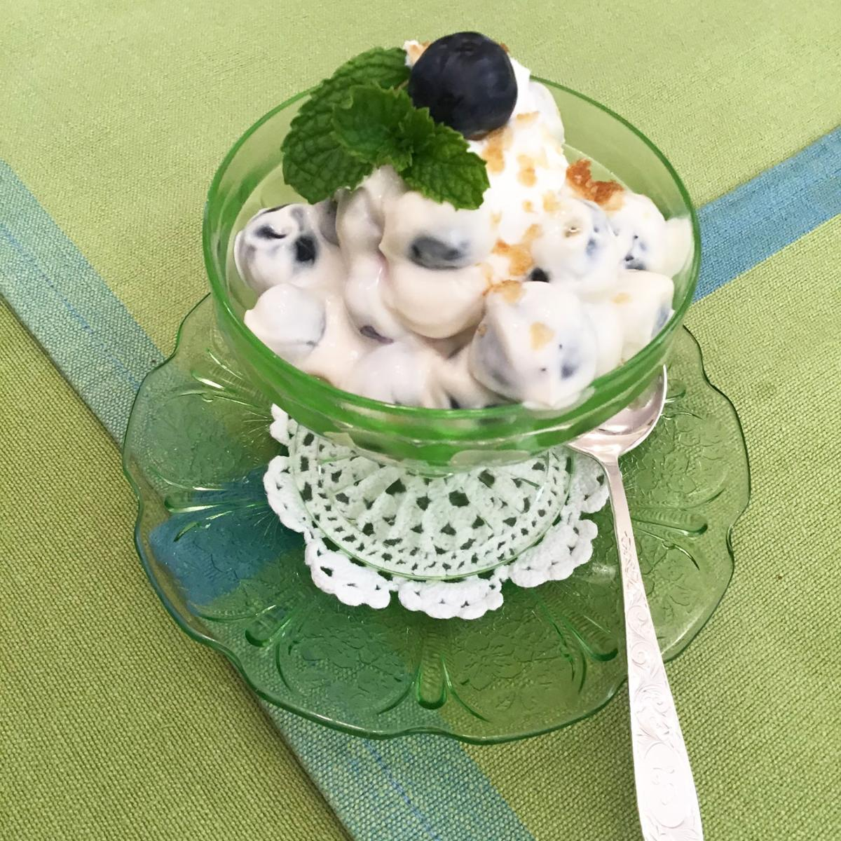 Delicious Blueberry Dessert