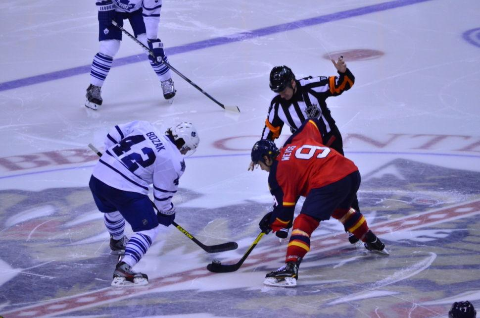 Panthers v Leafs Weiss Faceoff