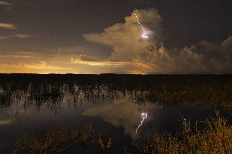 Lightning Reflection ENP