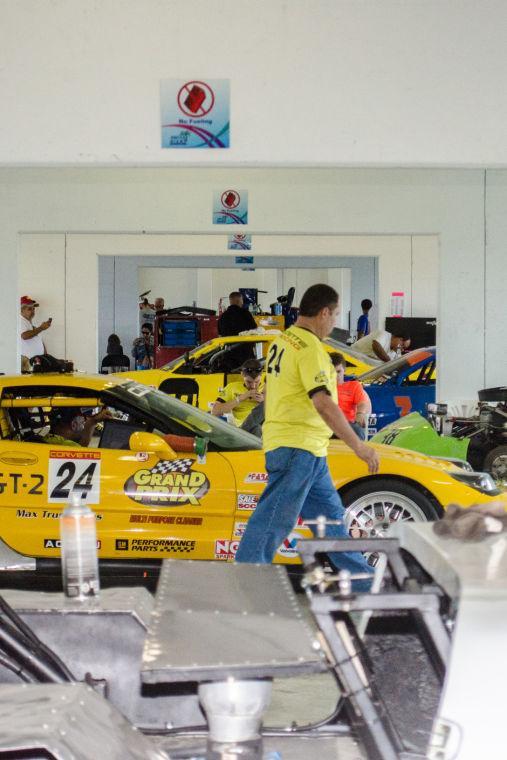 FARA Sunset 300 Garage