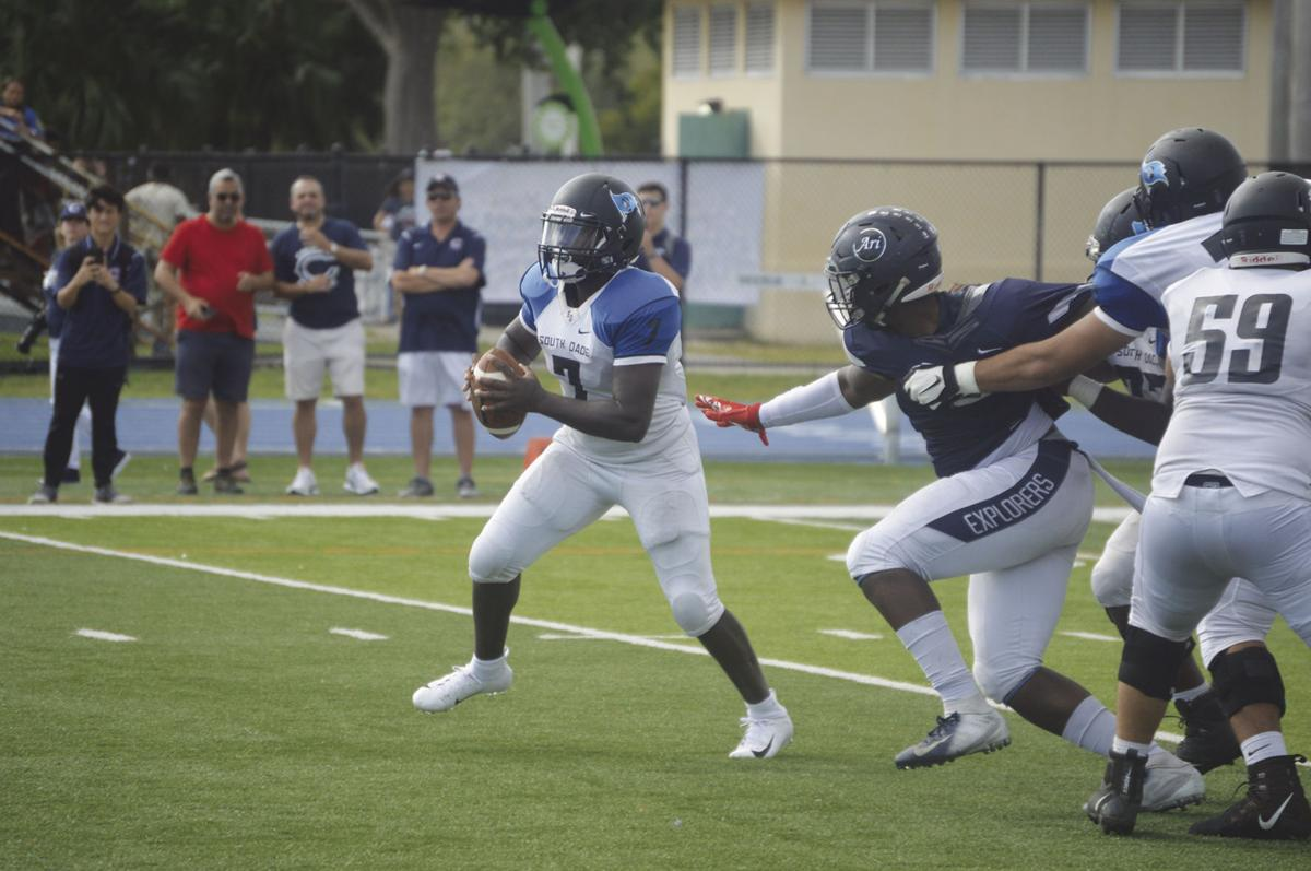 South Dade's Demetrius Burns eluding a defender