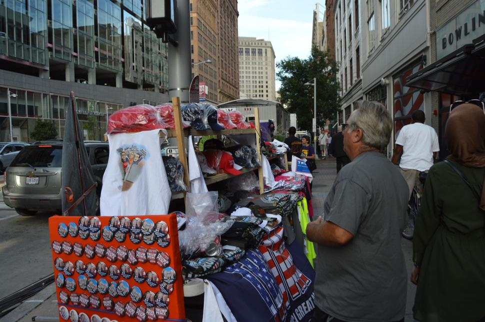 RNC Convention in Cleveland - Selling