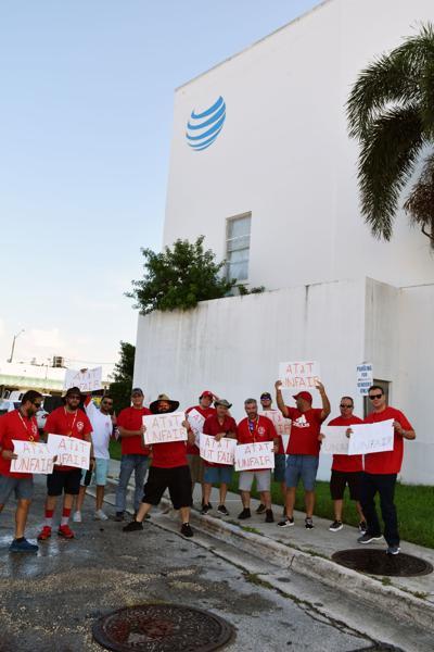ATT workers on strike in Homestead.