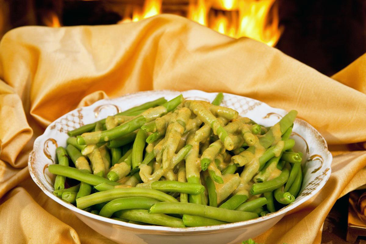 Green Beans with Mustard Sauce