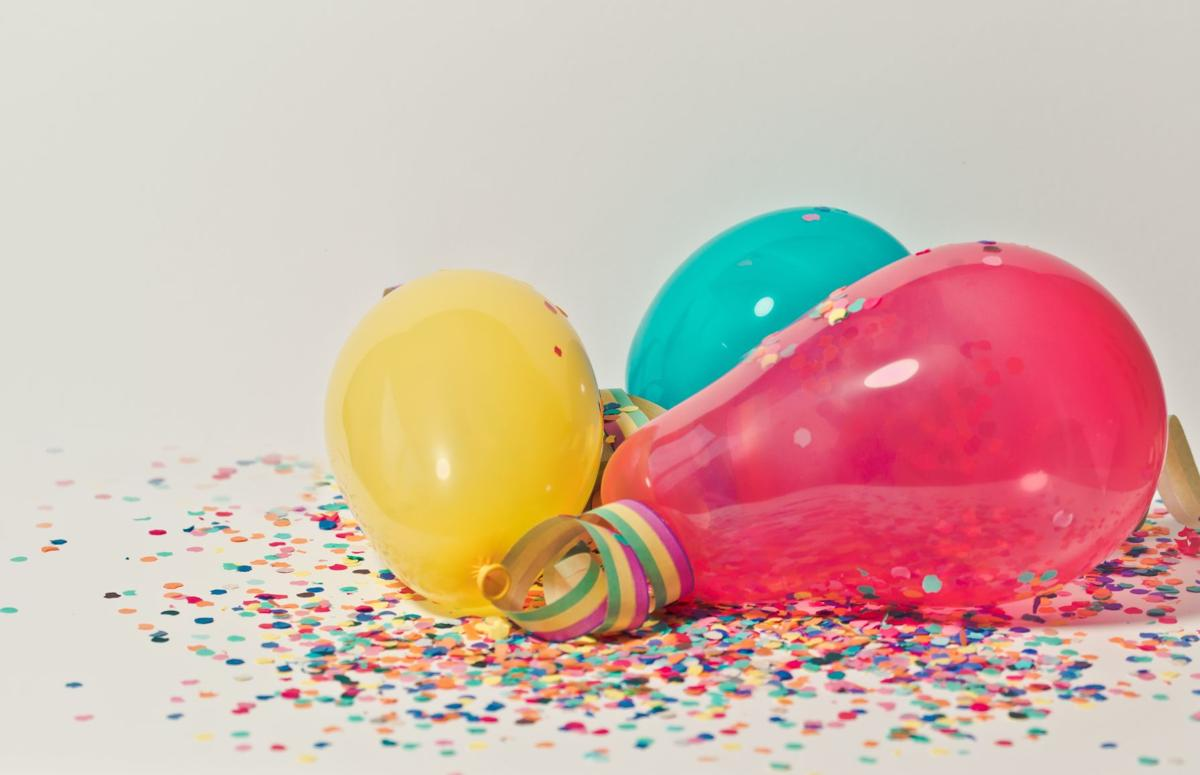 yellow-pink-and-blue-party-balloons-796606