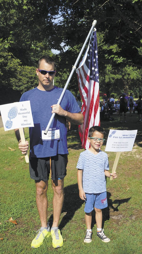 Residents gather, run to remember