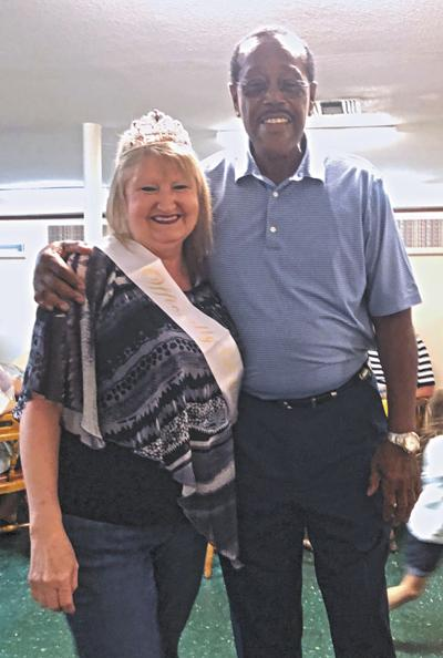 'Mama Lynne' retires from Daleville Schools