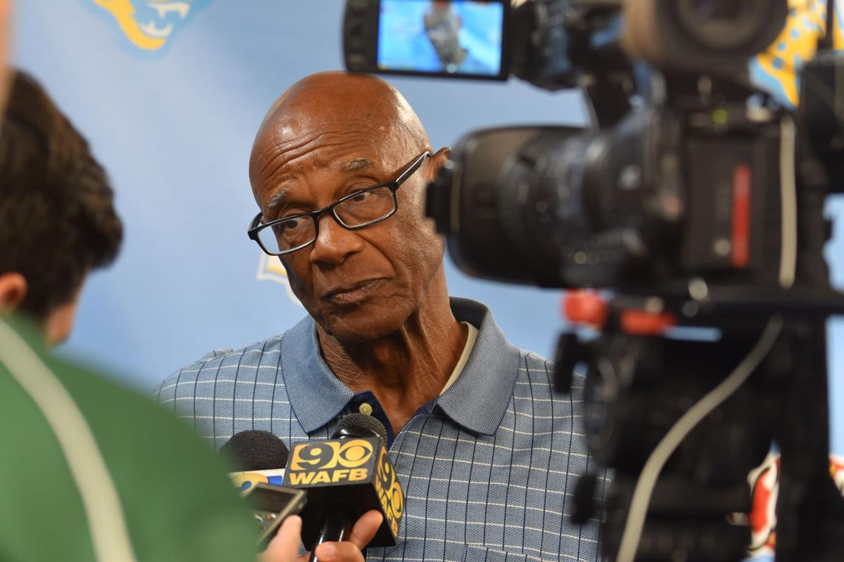 """Richardson Returns:""""Dean of the SWAC"""" back at SU"""