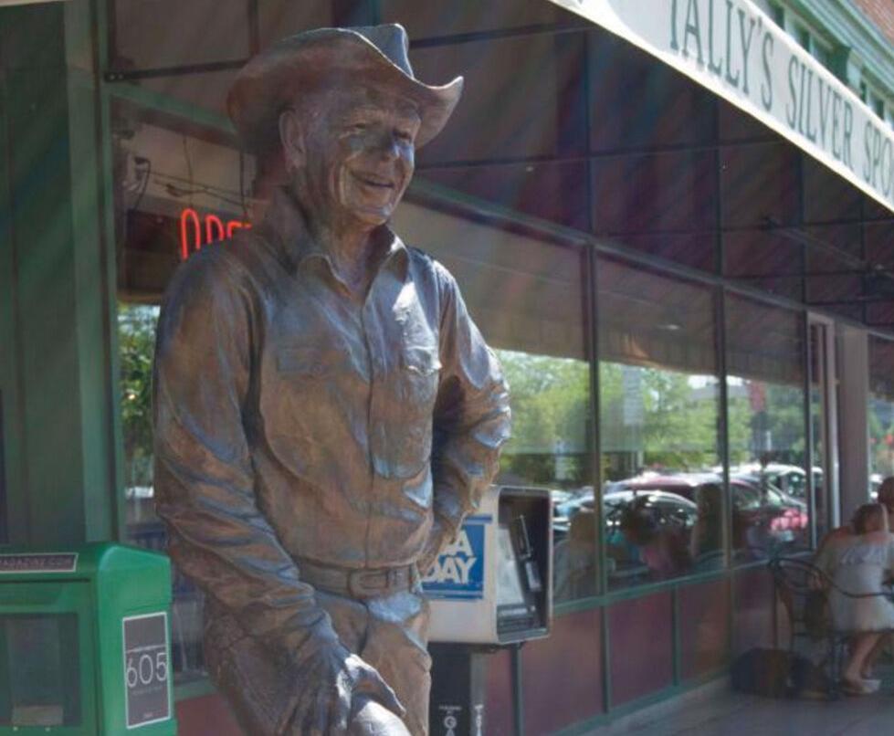 Ronald Reagan sculpture