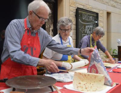 Arts Center of Saint Peter Holiday Fare