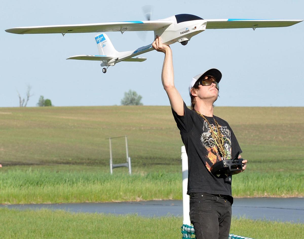 Airplanes Rickey Biehn flying.jpg