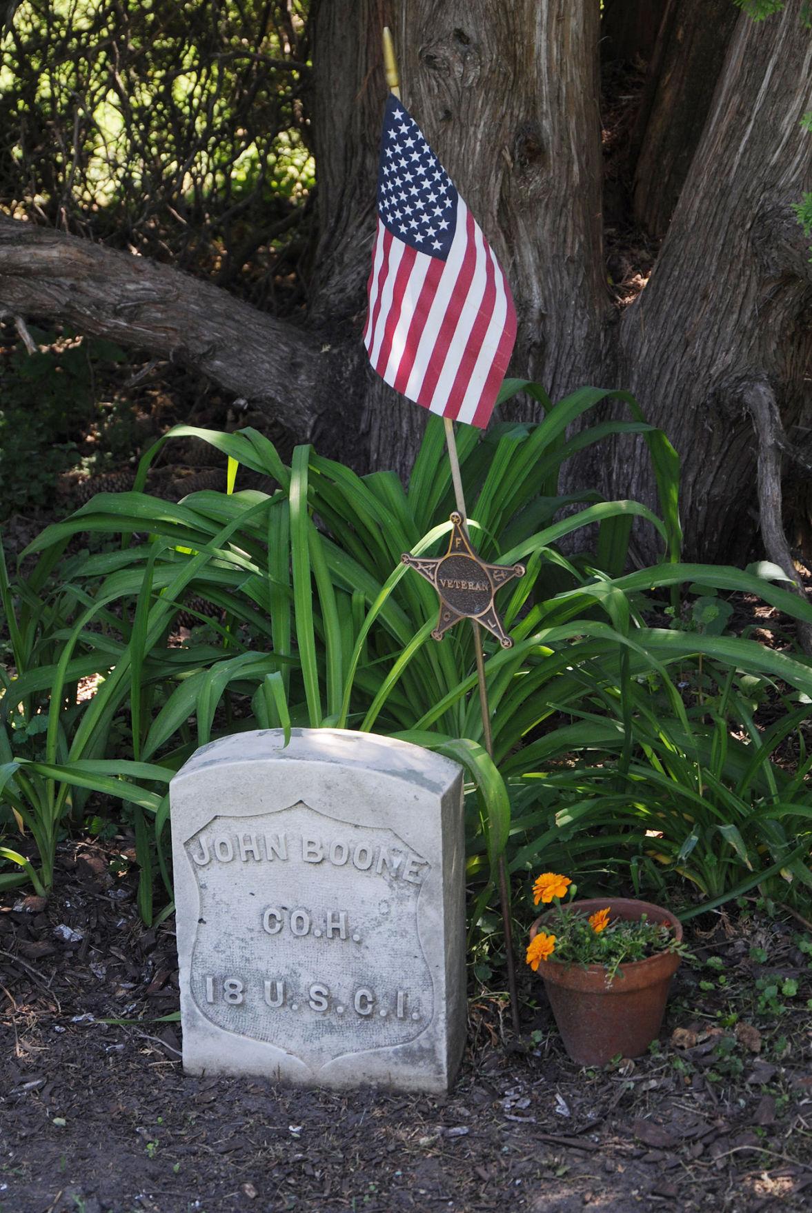 John Boone headstone