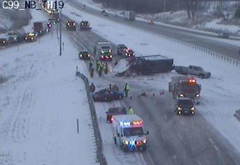 One Person Dies In Crash On I 35 Near 151st In Olathe News From