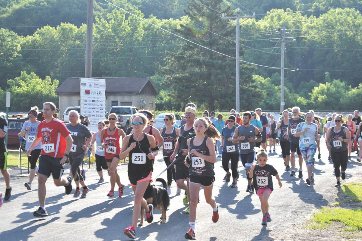 Medford Fire Relief 5K contested under idyllic conditions Saturday morning