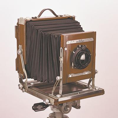 8x10 Deardorff camera