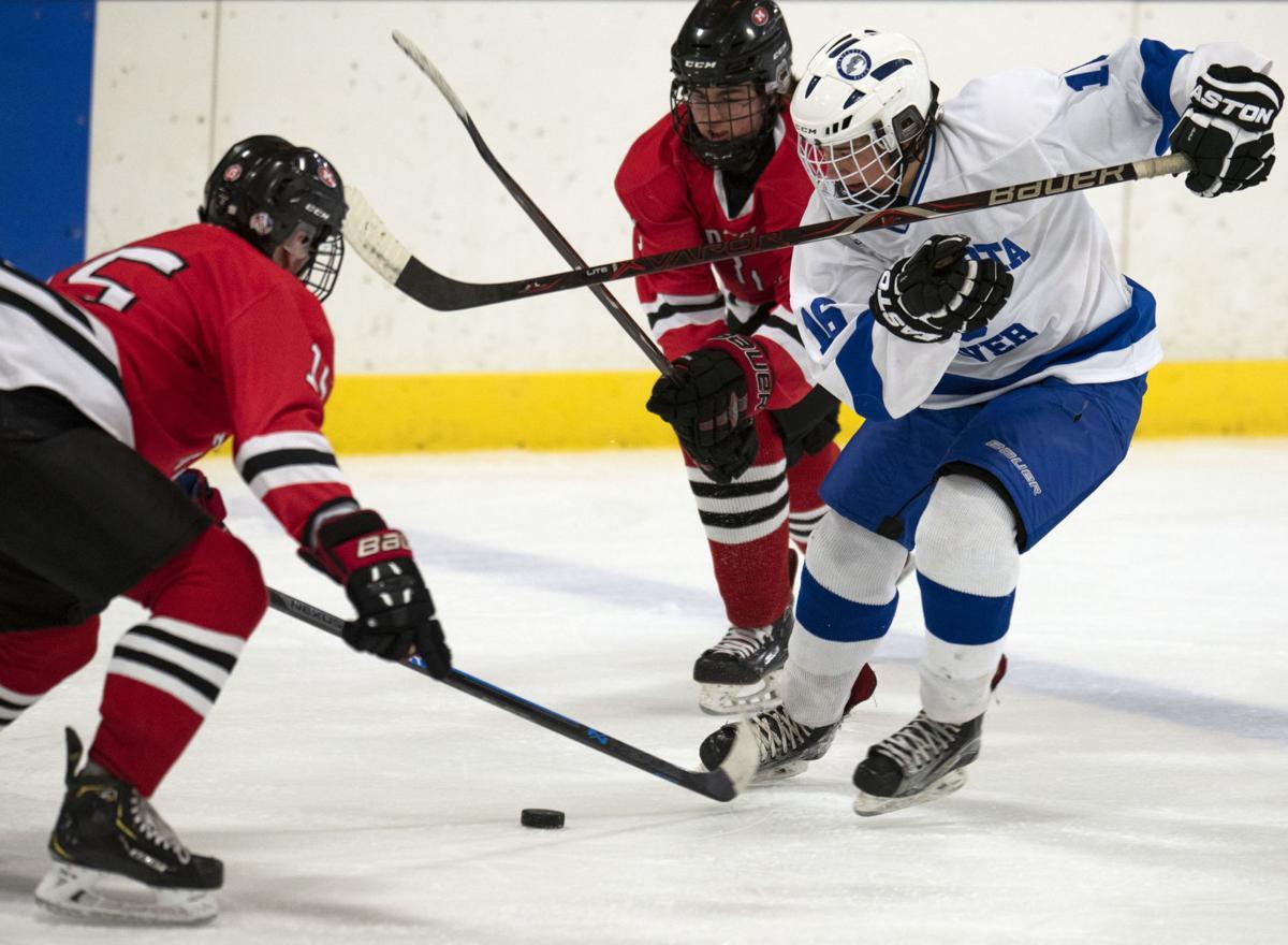 Bulldogs Boys Hockey 2