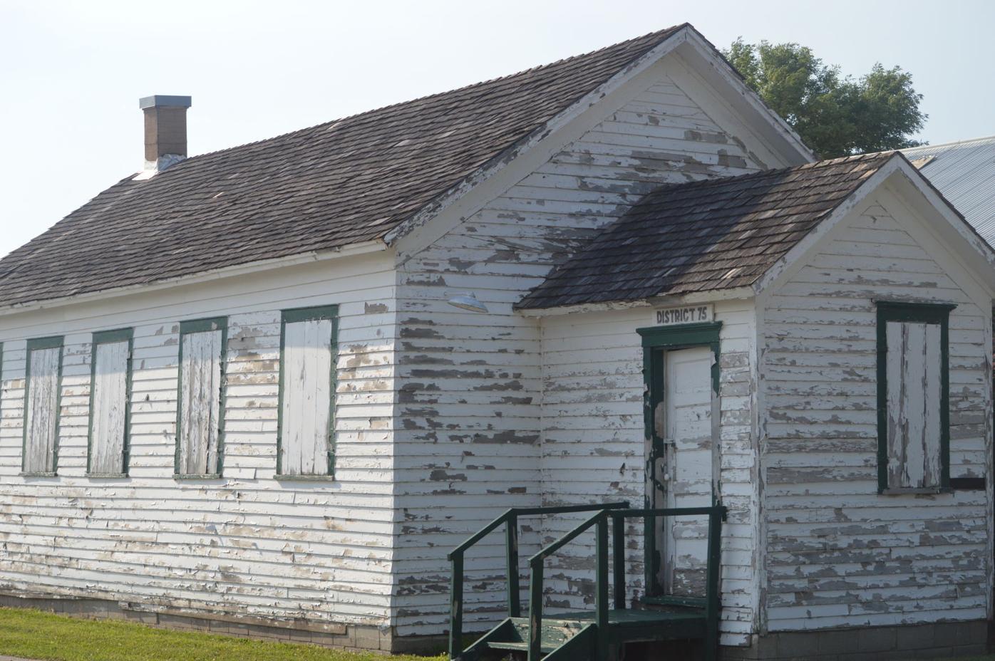 Le Center Schoolhouse