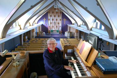 Mert Grabau retires after 73 years as church organist
