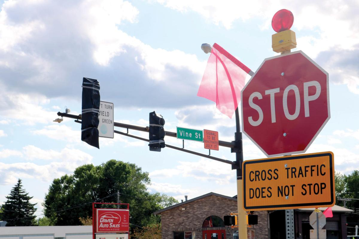 County still plans to remove traffic lights following restriping of Oak Ave