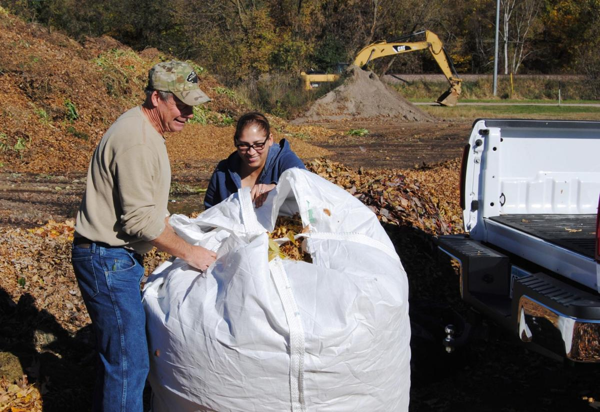 Officials urge residents to take their fallen leaves to city's compost site