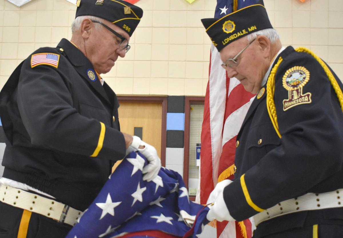 GALLERY: TCU Lonsdale honors veterans during school program