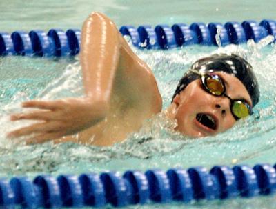 Swim Hannah Denzer in 500 freestyle.jpg
