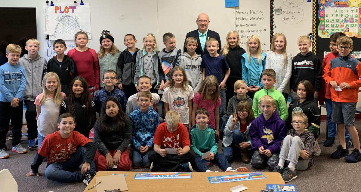 Mayor visits 4th-graders during unit on government roles