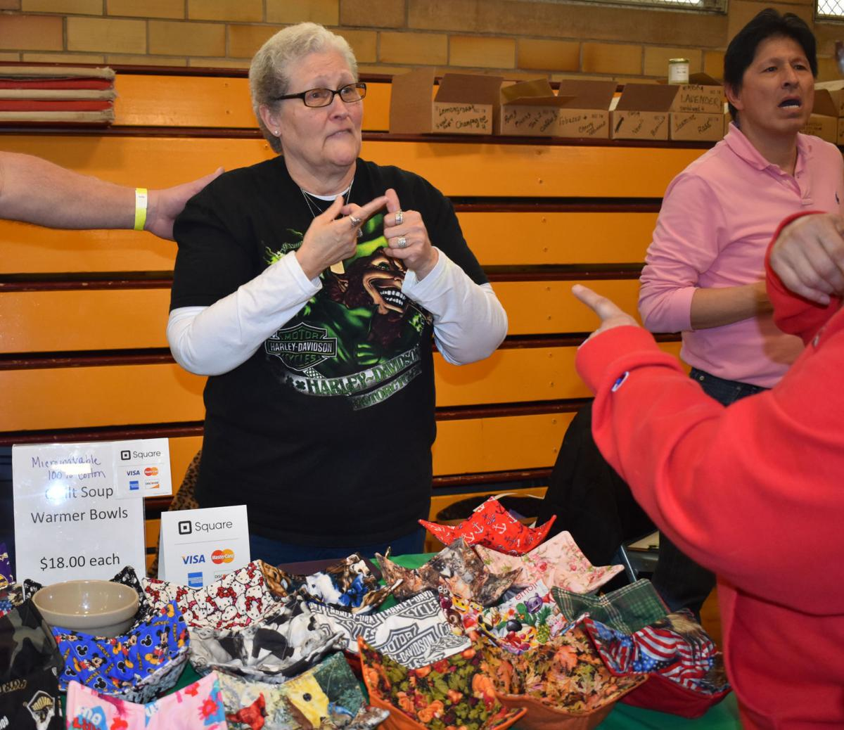 GALLERY: Expo at MSAD brings awareness to deaf business